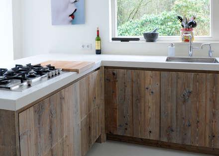 scandinavian Kitchen by RestyleXL