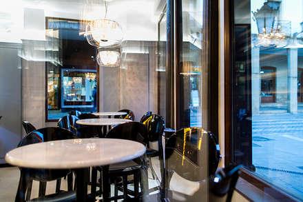 Café Mercantil: Bares y Clubs de estilo  de imago