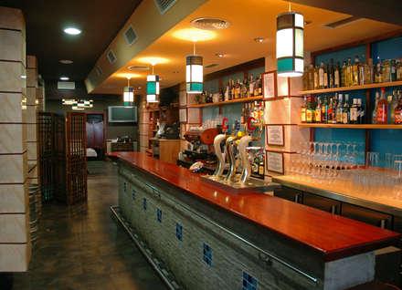 Bar Flipper: Bares y Clubs de estilo  de imago