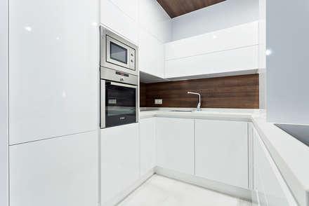 Vivienda Almeria: Cocinas de estilo minimalista de PL Architecture