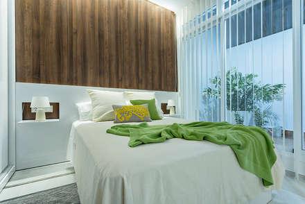 Vivienda Almeria: Dormitorios de estilo minimalista de PL Architecture