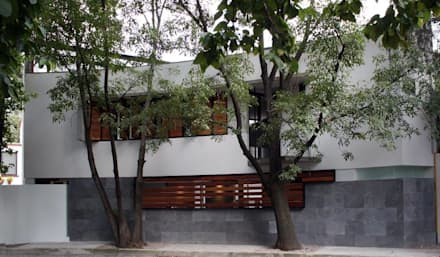 : modern Houses by Hb/arq