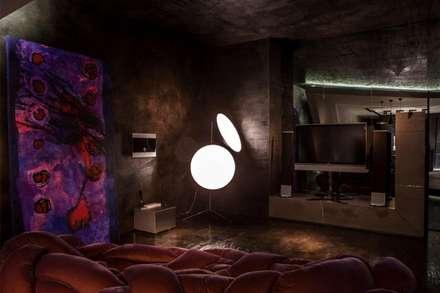 Play Video Area: Sala multimediale in stile  di Piertito Cardillo    Interior | Design | Architecture