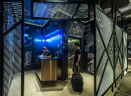 COO Boutique Hostel and Sociatel:  Hotels by MinistryofDesign