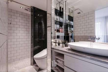 台北西湖-住宅案:  浴室 by 山巷室內設計
