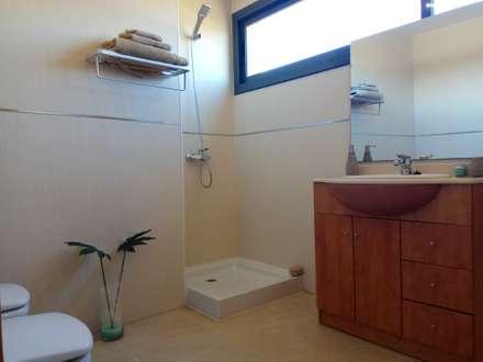Mediterrane badkamer idee n en inspiratie homify - Deco hal originele badkamer ...