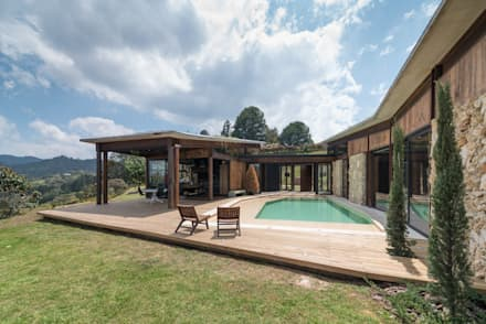 country Pool by OPUS
