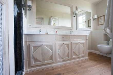 firenze bagno in stile in stile rustico di falegnameria grelli danilo
