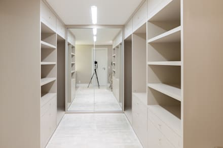 غرفة الملابس تنفيذ Leticia Athayde Arquitetura