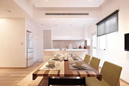 scandinavian Kitchen by 耀昀創意設計有限公司/Alfonso Ideas