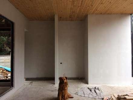 CASA AV -en obra-: Garages de estilo moderno por lof arquitectura y construcción