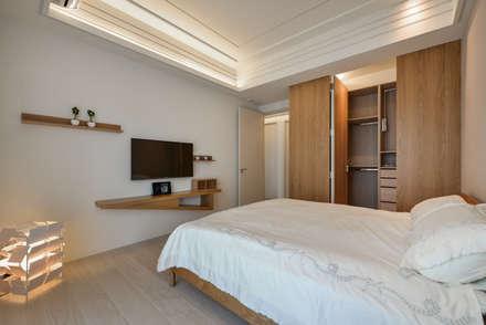 ห้องนอน by 存果空間設計有限公司