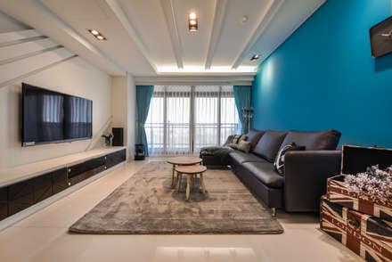 mediterranean Living room by 存果空間設計有限公司