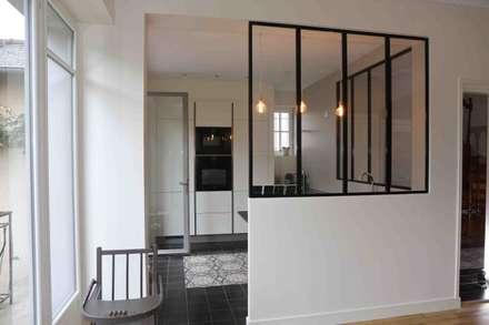 10: Cuisine de style de style Moderne par Atelier Claire Dupriez
