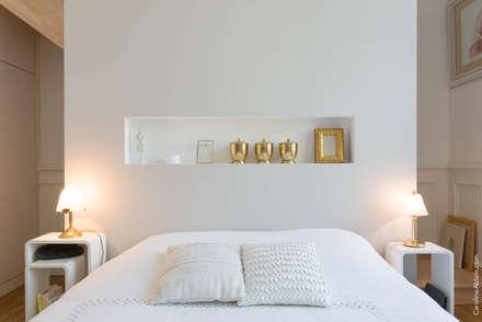 17: Chambre de style de style Moderne par Atelier Claire Dupriez