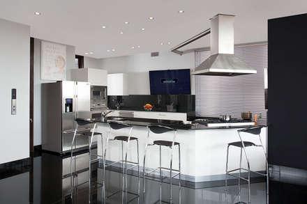 Im genes de decoraci n y dise o de interiores homify for Enchapes cocinas modernas