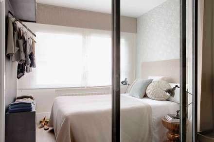 Grandes proyectos en pequeños espacios: Dormitorios de estilo industrial de Ivory Escapes