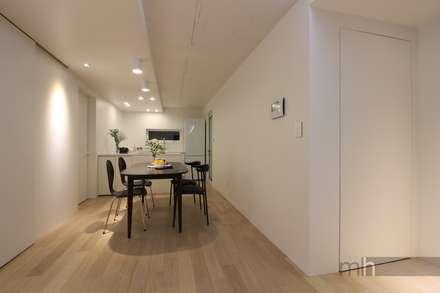 minimalistic Media room by minimalhouse