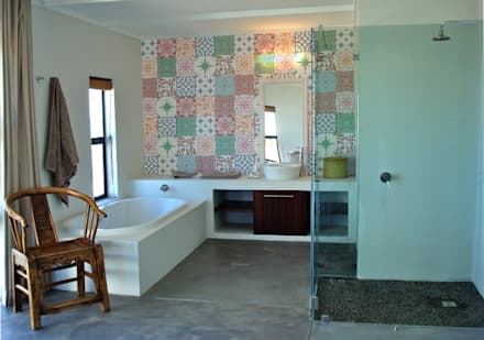 Open plan : modern Bathroom by Turquoise