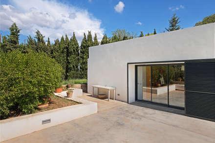 Ca n'Elisabet i en Jean Paul: Casas de estilo mediterráneo de Aina Deyà _ architecture & design
