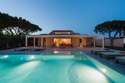 Casa FM: Habitações  por StudioCAN