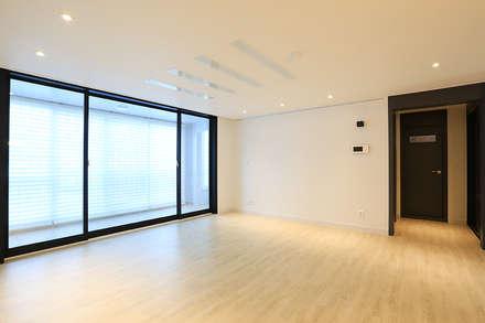 modern Living room by 일곱기둥 인테리어