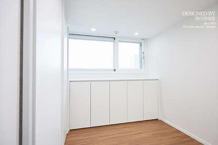 غرفة الملابس تنفيذ 제이앤예림design