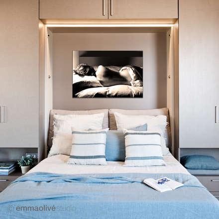 Sofa - Cama: Dormitorios de estilo escandinavo de emmaolivéstudio