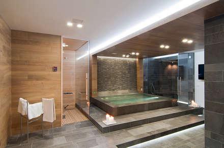 spa: Spa in stile in stile Moderno di STIMAMIGLIO conceptluxurydesign