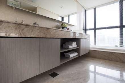 豐邑一第:  浴室 by 立禾空間設計有限公司