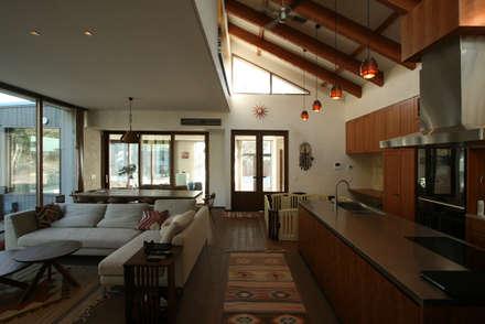 千葉/一宮の住まい: 田辺計画工房が手掛けたキッチンです。