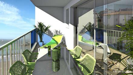 La terrasse permet de profiter du soleil en regardant la mer: Terrasse de style  par MJ Intérieurs