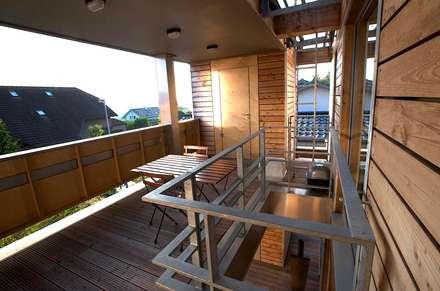 pickartzarchitektur-BaM2-Veranda OG:  Terrasse von pickartzarchitektur