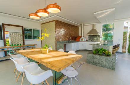 Casa FP: Cozinhas modernas por Escritório 238 Arquitetura