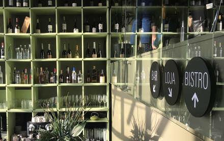 Wine Bar & Bistro: Bares e clubes  por Stabörd
