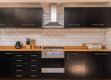 : Cocinas de estilo moderno por RENOarq