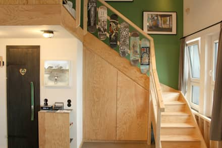 Treppenaufgang - Deckgeländer:  Hotels von FLOID Produktdesign