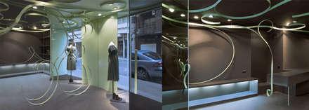 melic: Vestidores de estilo industrial de juan marco arquitectos