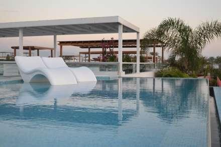 Piscina infinita: Piscinas de estilo moderno por DMS Arquitectas