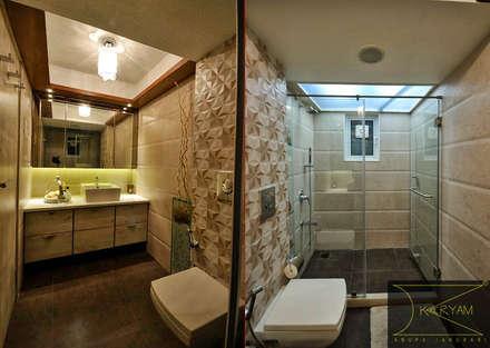 Apartment  in Bandra: minimalistic Bathroom by Karyam Designs