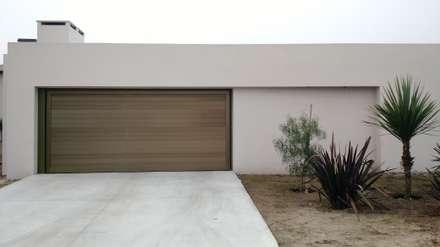 باب الكراج تنفيذ ARBOL Arquitectos