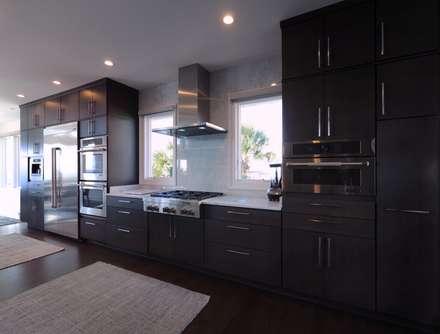 Contemporary Kitchen: modern Kitchen by Olamar Interiors, LLC