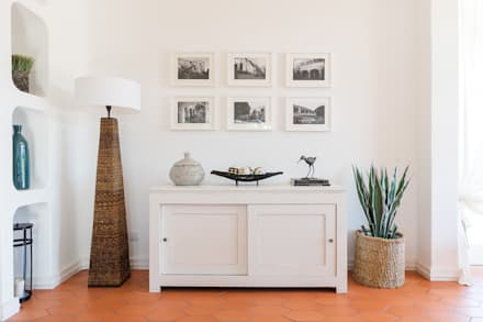 Sala de estar : Salas de estar ecléticas por The Interiors Online