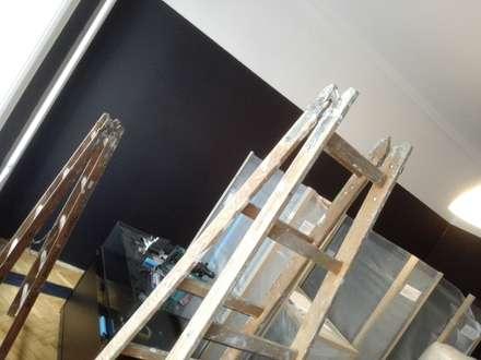 Wandbespannung:  Geschäftsräume & Stores von Raumausstatter Vock
