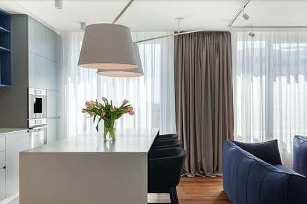 Гостиная и столовая: Столовые комнаты в . Автор – U-Style design studio