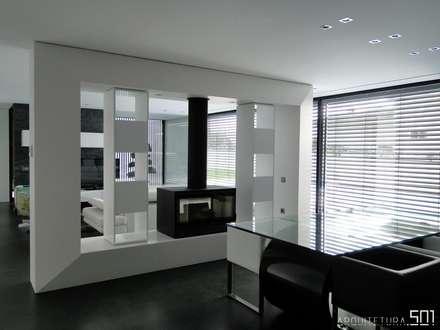 casa JL: Salas de jantar minimalistas por arquitetura.501