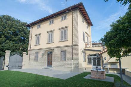 Case idee immagini e decorazione homify for Facciate case classiche
