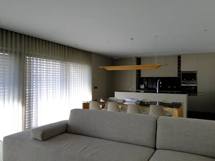 Casa RM: Salas de estar minimalistas por arquitetura.501