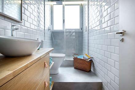 industrial Bathroom by Egue y Seta
