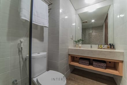 Kemang Village - Studio Apartment:  Kamar Mandi by INTERIORES - Interior Consultant & Build
